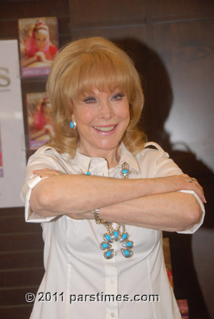 Barbara Eden -  USC (May 1, 2011) - by QH