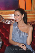 Necar Zadegan - Hollywood (September 25, 2009)