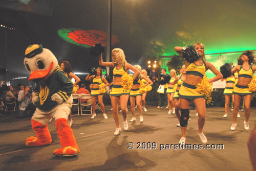 University of Oregon Marching Band - Pasadena (January 1, 2010) - by QH