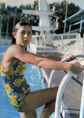 Teenage Swimming Sensation Tonia Valioghli