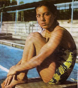 Swimming Sensation Tonia Valioghli